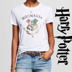 LAST ONE!!! Harry Potter white Hogwarts tshirt XS